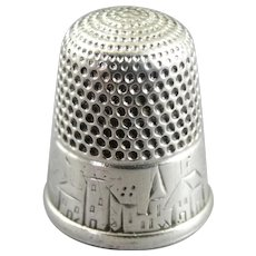 Victorian Sterling Silver Sewing Thimble Size 10 Castle Scene