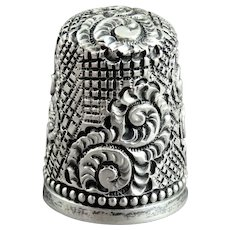 Ornate Victorian Simons Bros Sterling Silver Sewing Thimble Size 7