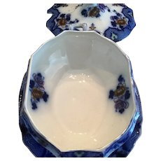 Flow Blue - Tureen and Undertray Moyune