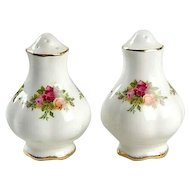 Vintage Royal Albert Old Country Roses Salt And Pepper Shakers