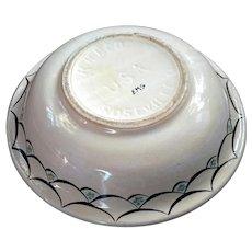 Vintage R.R.P. Co. Roseville Ohio Stoneware Bowl