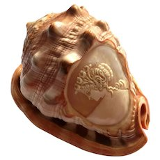Vintage Italian Hand-Carved Cameo Shell