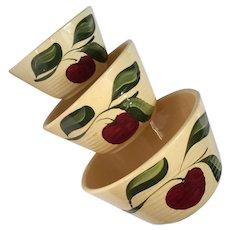 Set Of Three Watt Yelloware Pottery Nesting Bowls