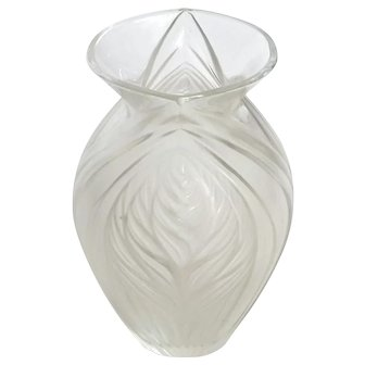 French Lalique Frosted Crystal Vase
