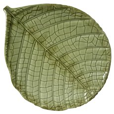 Large Christian Tortu Paris Majolica Pottery Leaf Plate
