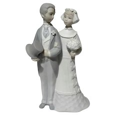 Lladro Porcelain Matte Finish Bride And Groom