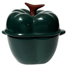 Technique Enameled Pepper Casserole
