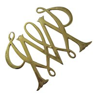 Virginia Metalcrafters William & Mary Cypher Brass Trivet