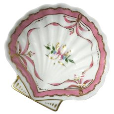 Hand-Painted French Limoges Porcelain Scallop Shell Bowl