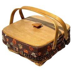 1997 Longaberger Bountiful Harvest Basket