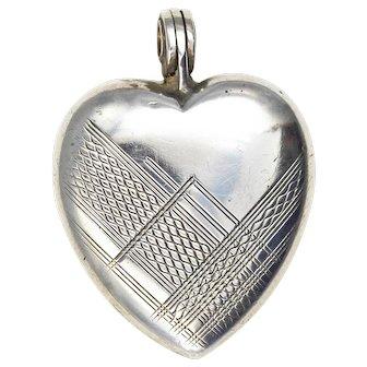 Art Deco Sterling Silver Heart Locket Delicate Geometric Pattern