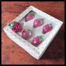 6 Vintage Blown Glass Grapes Ornaments Original Box