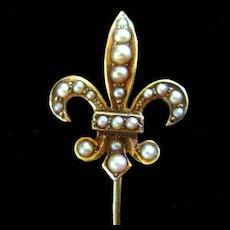 14K Fleur De Lis Pearls Hat Lapel Pin Hallmark