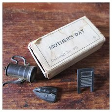 Old Miniature Mother's Day Box Miniatures