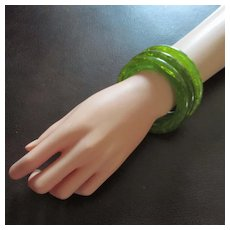 Swirled Spinach Green Bakelite Domed bracelet Set