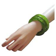Swirled Spinach Green Bakelite Domed bracelet Set