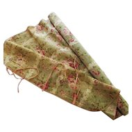 Beautiful Wild Roses Chintz Floral Linen Press Roll
