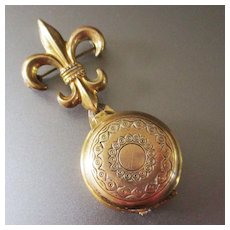 Vintage Gold Plated Fleur de Lis Brooch With Photo Pendant