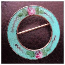 Pretty 60's Circle Pin Enamel Guilloche Roses on Gold Tone
