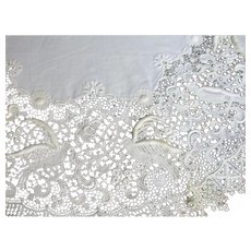 Beautiful  Venice Like Lace Large Doily Love Birds For Wedding