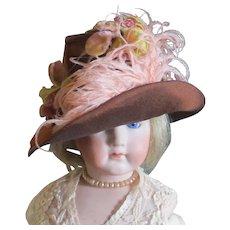 Fabulous Vintage  Bonnet Fashion Doll