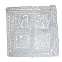 Exquisite Antique Italian Reticella Lace Cut Linen Square Table Cover Or Shawl