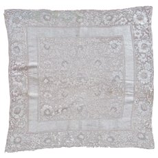 Blond Silk Large Lace Square