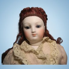 """17"""" Early French Fashion, Swivel Neck, Pale Bisque"""