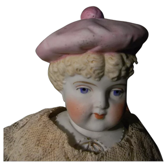 """16"""" Bonnet Head Nice Size w/Pink Tam, Blond Curly Hair"""
