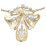 Art Nouveau 18kt rose cut diamond and pearl necklace pendant