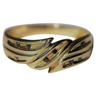 Antique 9kt hallmarked ring with black diamonds