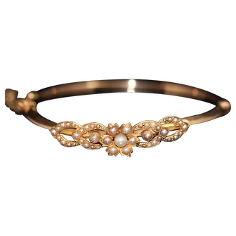 Antique seed pearl 9k bangle