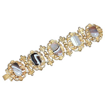 Georgian Pinchbeck bracelet with banded agate