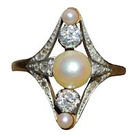 Antique Art Nouveau pearl and diamond ring, in 18k gold and platinum