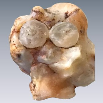 Garfield the Cat in a Natural Agate formation