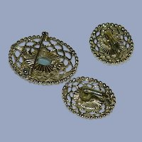 """Pristine Sarah Coventry """"Cameo Lace"""" Brooch & Earring Set"""