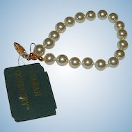 Pristine Sarah Coventry Faux Pearl Bracelet with Original Tags