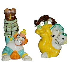Silly Fun Clown Playing Salt & Pepper Shakers ~ Yona Originals