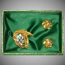 Gorgeous Gold Plated Rhinestone Leaf Nature Brooch & Earring Set in Original Box