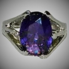 Gorgeous Purple Glass Stone Ring Rhodium Plating 7.5