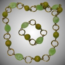 Charming Light Lime Green Swirl Lucite & Wood Beaded Necklace and Bracelet Set