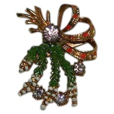Exquisite Signed Christmas Mistletoe Brooch