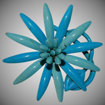 Pretty Blues Flower Power Brooch