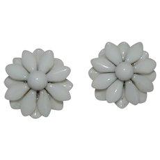 Milk Glass Daisy Flower Earrings Western Germany