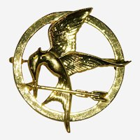 Elegant Bird and Arrow Brooch Hunger Games Mockingjay Gold Plated