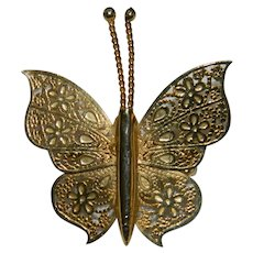 Elegant Filigree Butterfly Brooch Simple Elegance