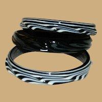 Dramatic Black and White Art Glass Lamp Glass Bangle Three Piece Set