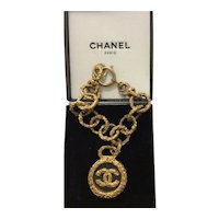 Authentic Vintage Chanel 93A CC logo Bracelet Made France