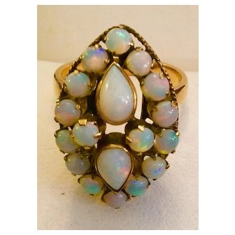 DECO Opal Ring 18kt C:1940 Eight Karats