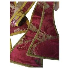 Circa 1700. Bizarre silk ecclesiastical sashes .